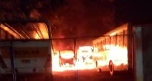 Ônibus e carros são incendiados em pelo menos 16 cidades de Minas em menos de 24 horas