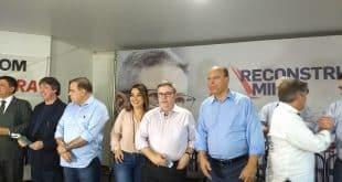 Pré-candidato ao governo de Minas, Anastasia recebe apoio de lideranças no Norte de Minas