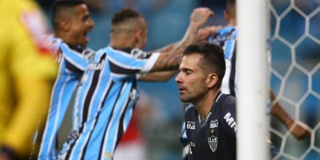 Brasileirão - Atlético joga mal e perde para o Grêmio