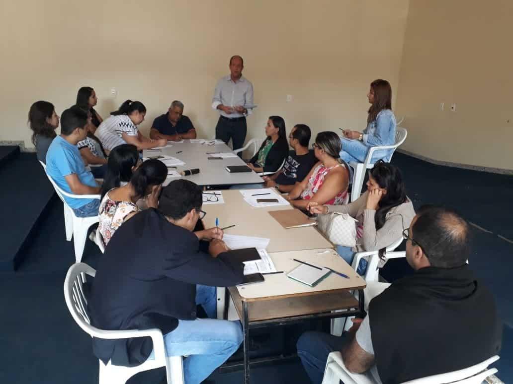 Reunião de compras governamentais em Mirabela