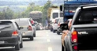 Ao menos 50 mil veículos estão irregulares em Montes Claros