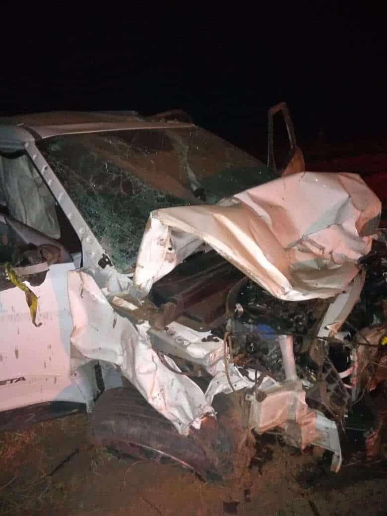 Cinco pessoas morrem em acidente entre dois veículos na MG-401 no Norte de Minas