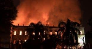 Incêndio destrói o Museu Nacional, a primeira instituição científica da história do país