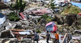 Número de mortos na Indonésia após tsunami e terremoto passa de 1.200