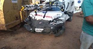 Motorista de ambulância e técnicas de enfermagem ficam feridos durante atendimento à ocorrência no Norte de Minas