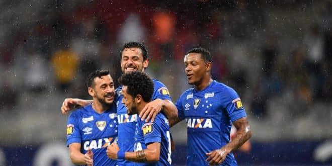 Brasileirão 2018 - Cruzeiro x Vitória: Raposa vence fácil em casa
