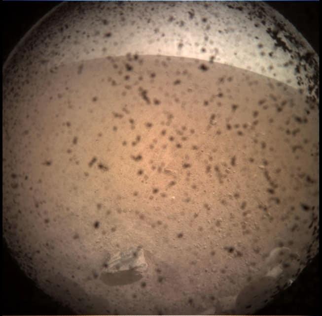 Primeira imagem enviada pela sonda Insight de Marte