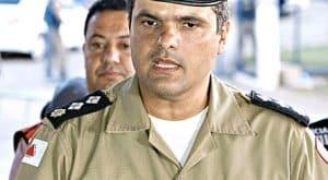 Major Santiago disse que houve reforço para evitar saques a residências