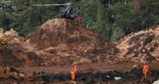 Corpo de Bombeiros prossegue com as buscas pelos 300 desaparecidos na tragédia