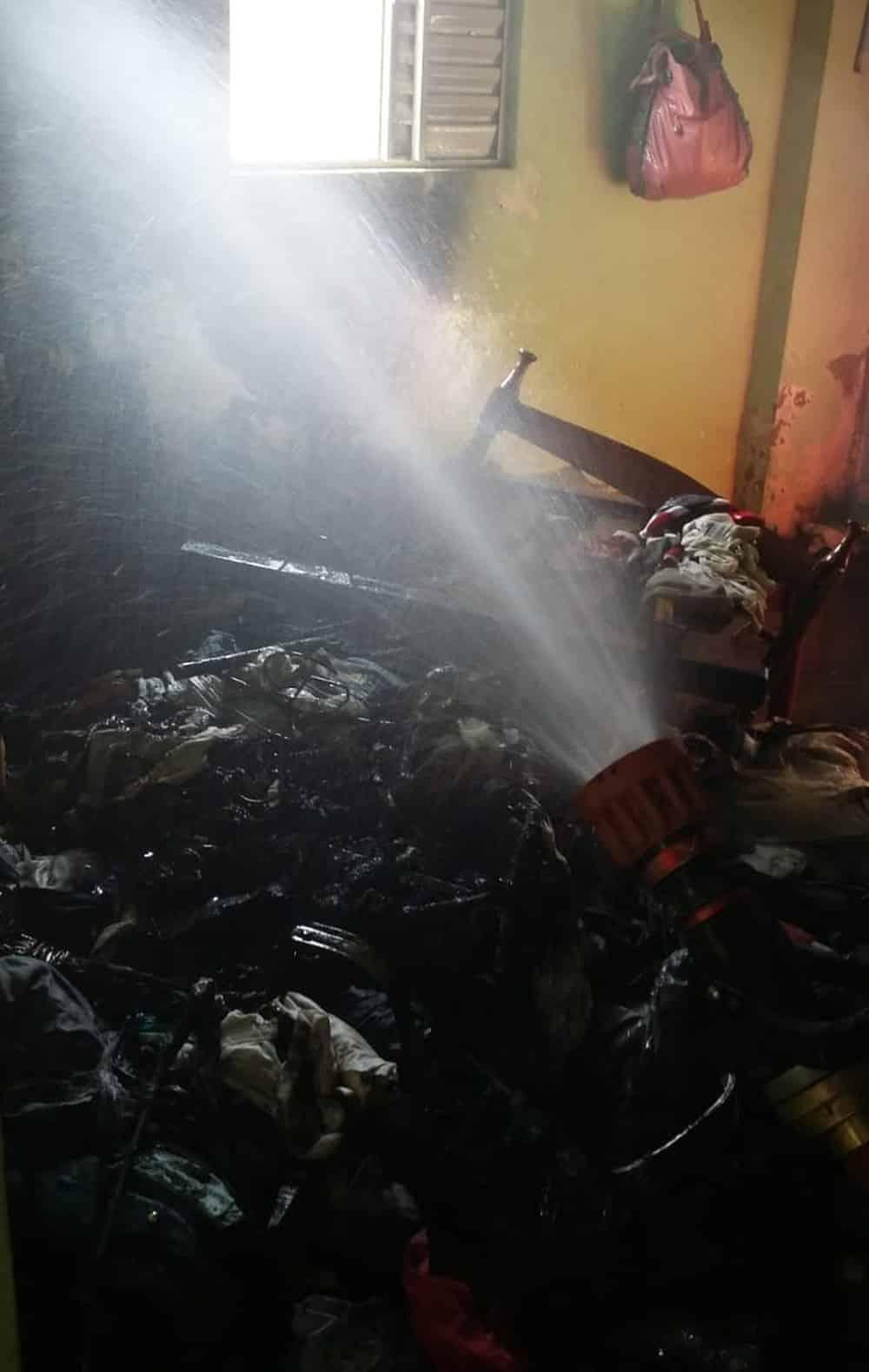Mulher pega fogo quarto tentando espantar mosquito no Norte de Minas