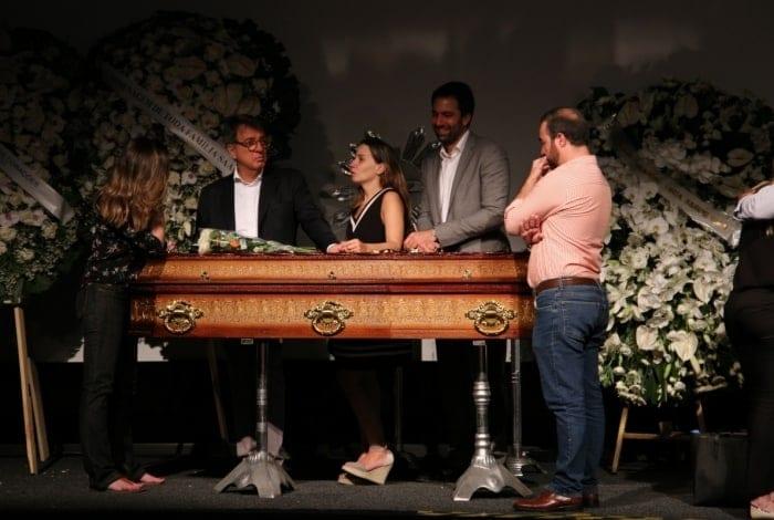O corpo está sendo velado no Museu da Imagem e do Som de São Paulo - Deividi Correa / AgNews