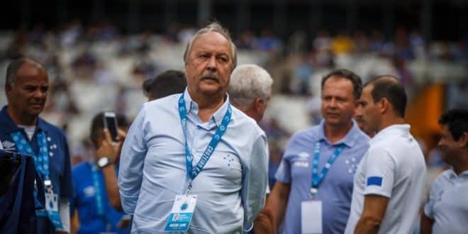 Wagner Pires de Sá vai apresentar equipe de futebol feminino nesta quarta-feiraWagner Pires de Sá vai apresentar equipe de futebol feminino nesta quarta-feira