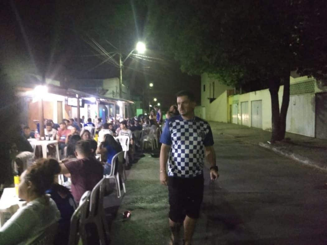 """Bar SKORPIUS em Montes Claros, segundo o dono Danilo Alves, """"Deu tudo certo, internet e o jogo."""""""