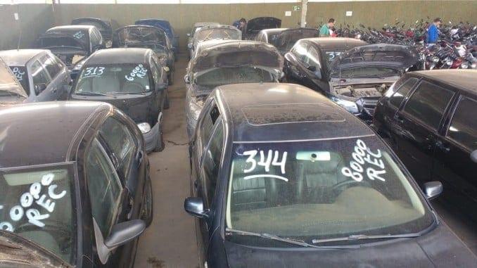 Montes Claros - Polícia Civil realiza leilão de 403 veículos em Montes Claros