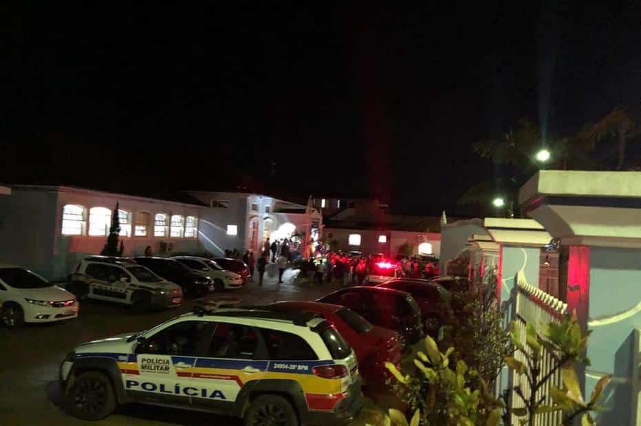 Homem mata ex e mais três em ataque em igreja evangélica em Paracatu