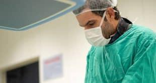 Montes Claros - Santa Casa de Montes Claros realiza procedimento raro de aneurisma abdominal