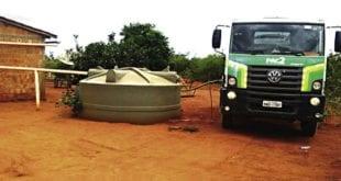 A seca já pesa na rotina dos moradores do Norte de Minas. Embora o início do período da estiagem seja 1º de agosto, vários municípios já sentem os efeitos da falta de chuva.