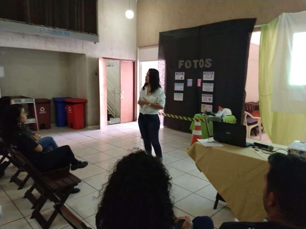 """A advogada Ana Karinina Almeida, falou sobre o tema """"assédio moral no ambiente de trabalho"""""""