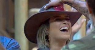 TV - Tati Dias é a primeira fazendeira de A Fazenda 11
