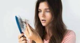 Beleza - Estes 3 sinais pouco comuns podem ser a causa da misteriosa queda de cabelo que você enfrenta