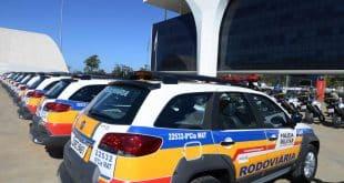MG - Governador de Minas Gerais entrega 40 viaturas para a Polícia Militar Rodoviária do Estado