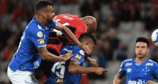 Brasileirão 2019 - Na raça e com um a menos, Cruzeiro segura o Athletico-PR e obtém valioso ponto