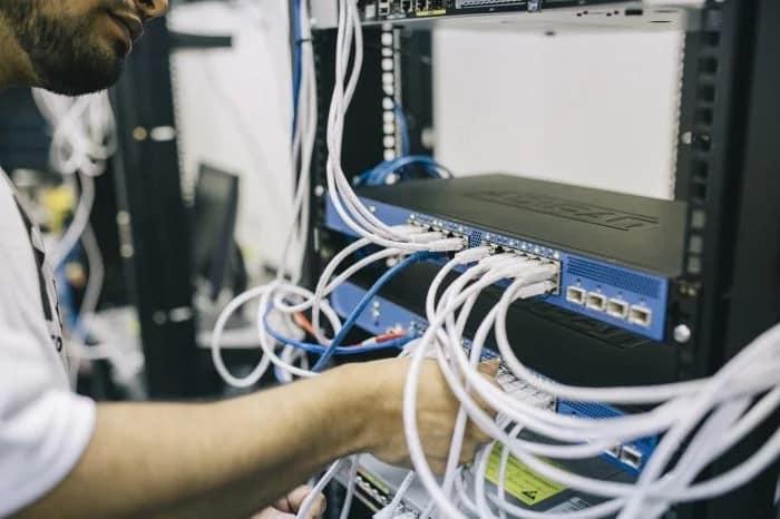 Pequenos provedores de internet superam Vivo, NET e Oi em 3,5 mil cidades