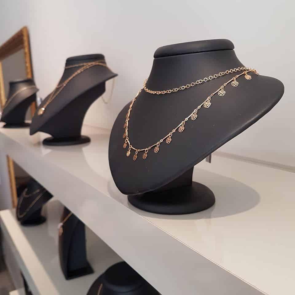 Confira as dicas importantes na compra das joias de noivado ou de casamento