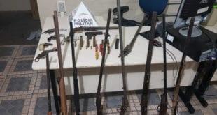 Montes Claros - PM prende homem que mantinha oficina para conserto e fabricação de armas