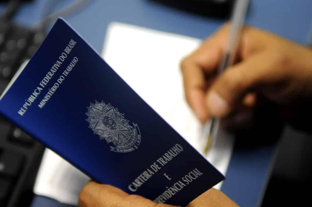 MG - Mesmo em pandemia, Minas Gerais registra saldo positivo de empregos no Caged