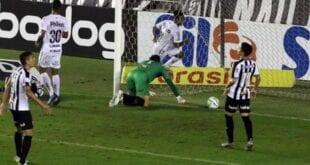 Brasileirão - Galo perde para o Santos na Vila Belmiro