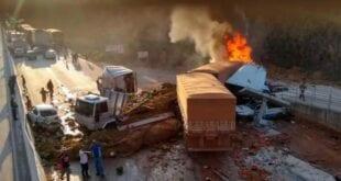 MG - Acidente em Minas Gerais deixa um morto e ao menos 9 em estado grave