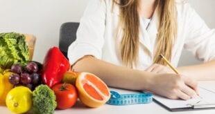 Governo de Minas abre processo seletivo para nutricionista com salário de mais de R$ 3 mil